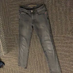 American eagle pants size 29/32. Good condition